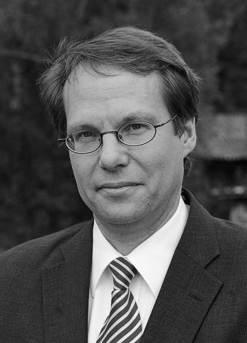 Prof. Dr. Jörg Gundel, Maître en droit