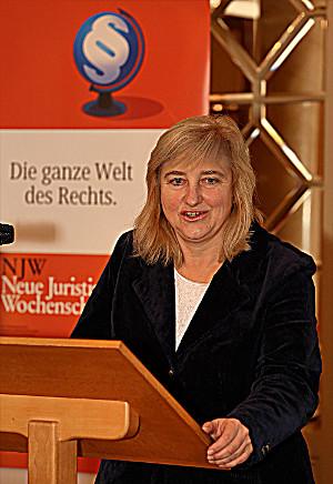 Eva Kuehne-Hoermann